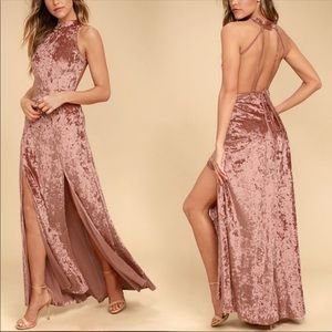 🎉BNWT Lulus Sexy Rusty Velvet Halter Maxi Dress